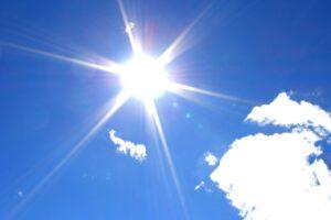 اثرات منفی نور خورشید روی پوست