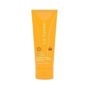 کرم ضد آفتاب و ضد لک بی رنگ SPF30 لافارر مناسب پوست نرمال و خشک