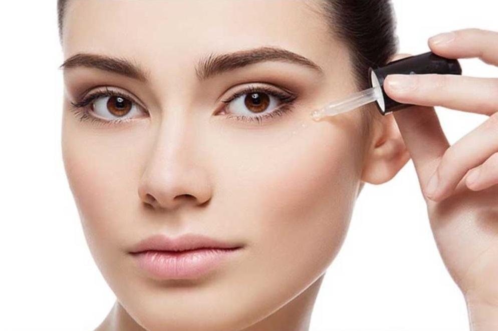 چگونه می توان از قرص ویتامین E برای پوست دور چشم استفاده نمود؟